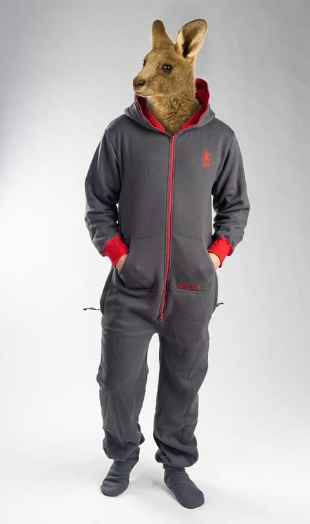Skippy grey red